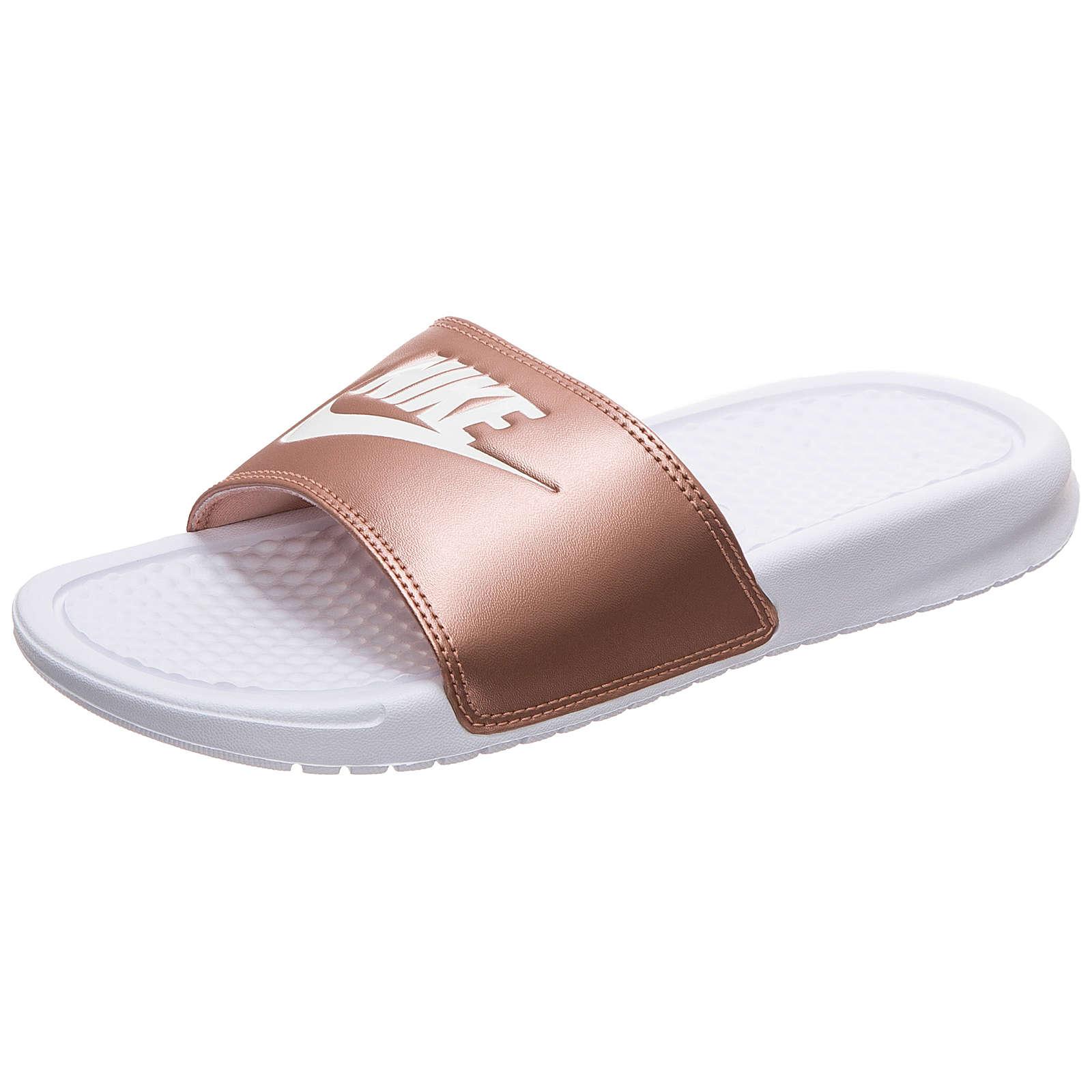Nike Sportswear Benassi Just Do It Badesandale Damen weiß/bronze Damen Gr. 39