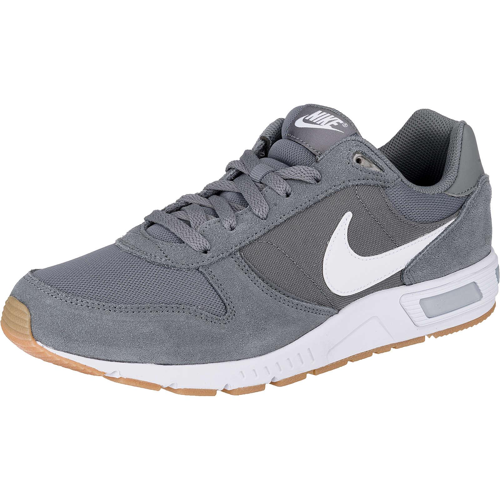 Nike Sportswear Nightgazer Sneakers Low hellgrau Herren Gr. 42